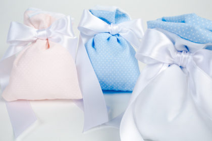sacchettini a pois portaconfetti collezione baby