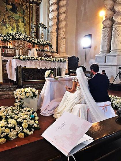 sposi Viviana e Luca in chiesa Santa Caterina Taormina